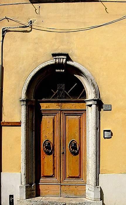 Porte à Castellina in Chianti