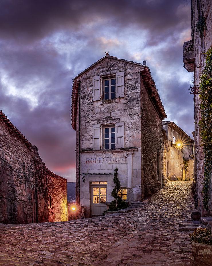 Lacoste en fin de journée, Provence