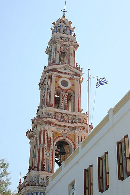 Le clocher du monastère de Panormitis