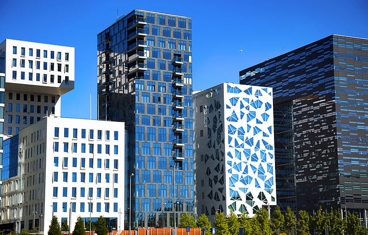 Balade ultramoderne sur le port d'Oslo