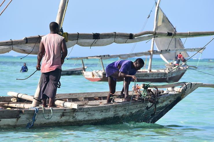 Pêcheurs à Nungwi, Zanzibar