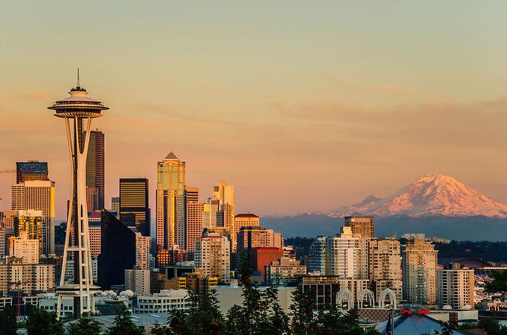 États-Unis - La Space Needle de Seattle fait peau neuve