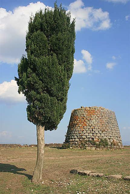 Nuraghe di Santa Sabina