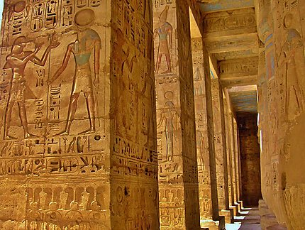 Temple de Medinet Habu à Louxor