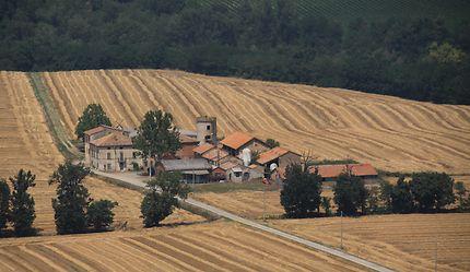 Campagne vue du château de Scipione