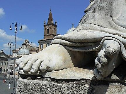 Les doigts de pied en éventail