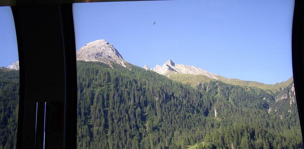 Avec le train Bernina Express de Chur jusqu'à Tirano (Italie)