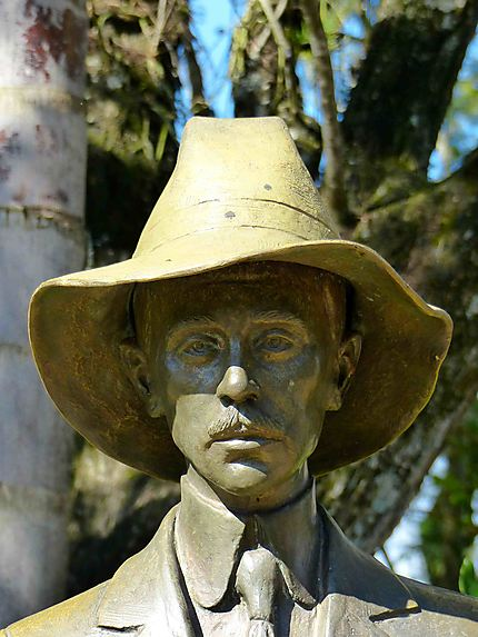 Chutes d'Iguazu - Statue de l'explorateur