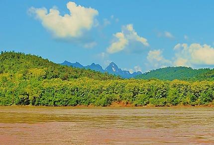 Au fil de l'eau sur le Mekong