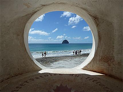 Le soleil, la mer, le Rocher...
