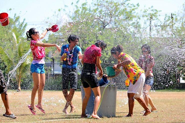 Songkran (Nouvel An bouddhique ou festival des eaux) en Thaïlande