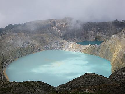 Lac de  cratère de Kélimutu