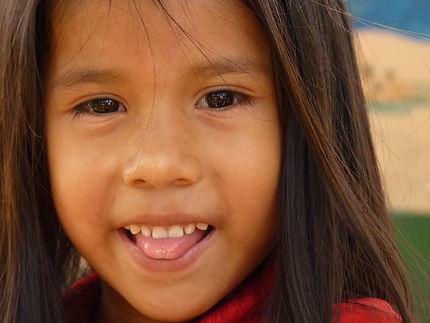 Nicole, écolière à la Lagune de Canaïma