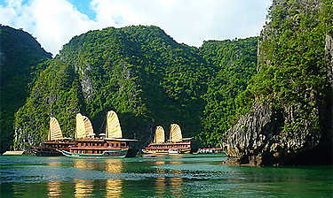 Baie d'Along (Vịnh Hạ Long)