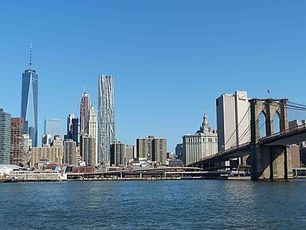 Vue du Pont de Brooklyn sur Manhattan