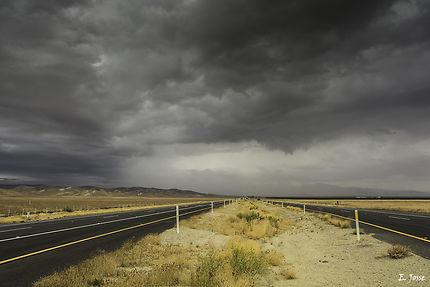 Orage sur la route des USA