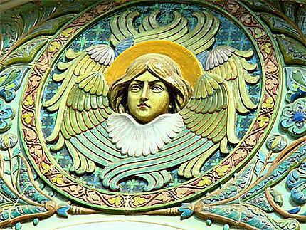Détail de sculpture sur la Cathédrâle Saint-Nicolas à Nice
