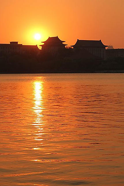 Coucher de soleil au parc Beihai