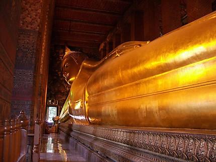 Bouddha couché au Wat Pho
