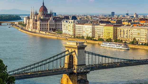 Budapest, balades architecturales milosk50 - stock.adobe.com