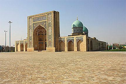 Tashkent Medersa barake-Khan