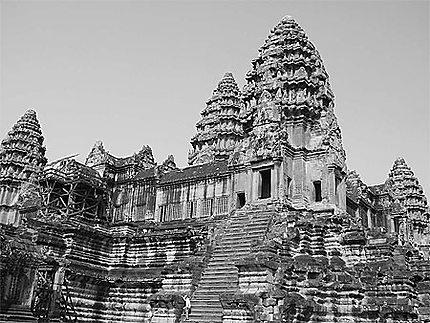 A l'intérieur d'Angkor Vat.
