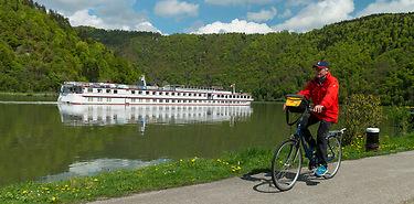 Le Danube de Passau à Budapest à vélo et bateau