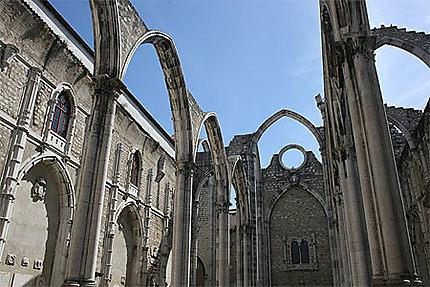 Eglise à la nef ouverte