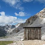Toilettes du refuge Planika