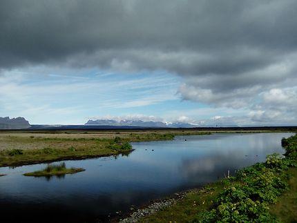 Après un virage en Islande dans le sud