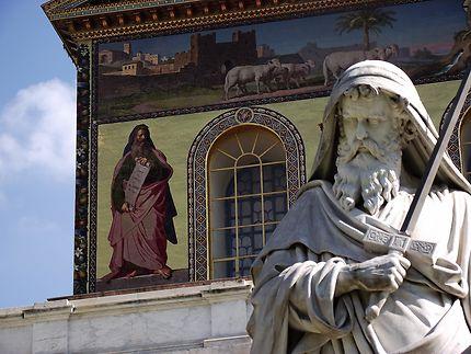 Le cloître, basilique Saint-Paul-Hors-Les-Murs