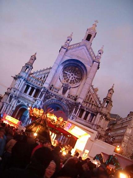 Marché de Noël devant l'église Sainte Catherine