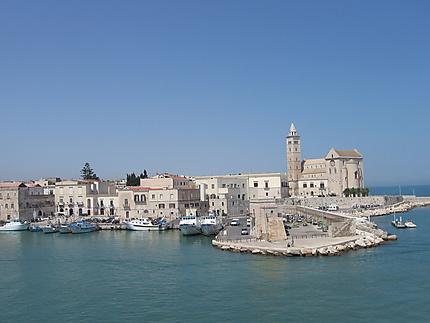 Port de trani trani pouilles italie - Port des pouilles ...