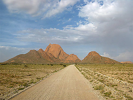 Route vers Spitzkoppe