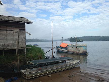 Taxis flottants sur le fleuve Oyapock