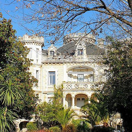 Château sublime aux portes de Btz