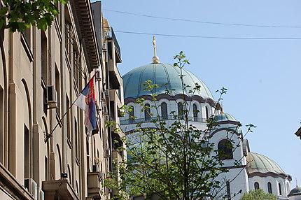 Cathédrale et drapeau