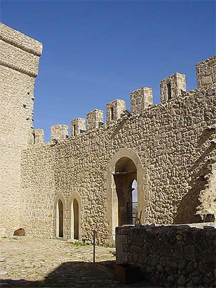 Castello Chiaramontano