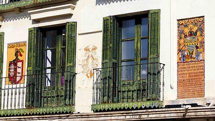 Fenêtres - Place de Tudela