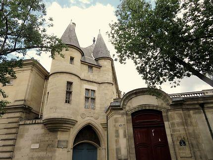 Hôtel Clisson  (XIVème siècle)