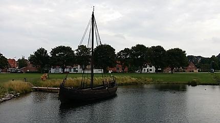 Reconstitution d'un bateau viking