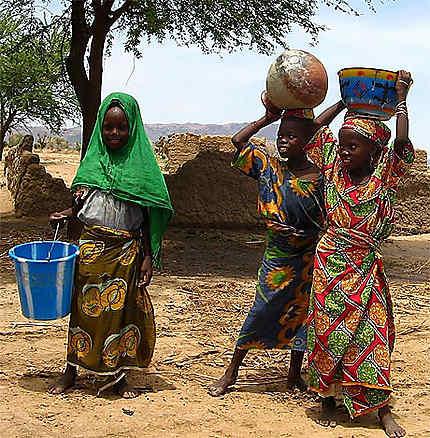 Jeunes filles du Nord du Cameroun