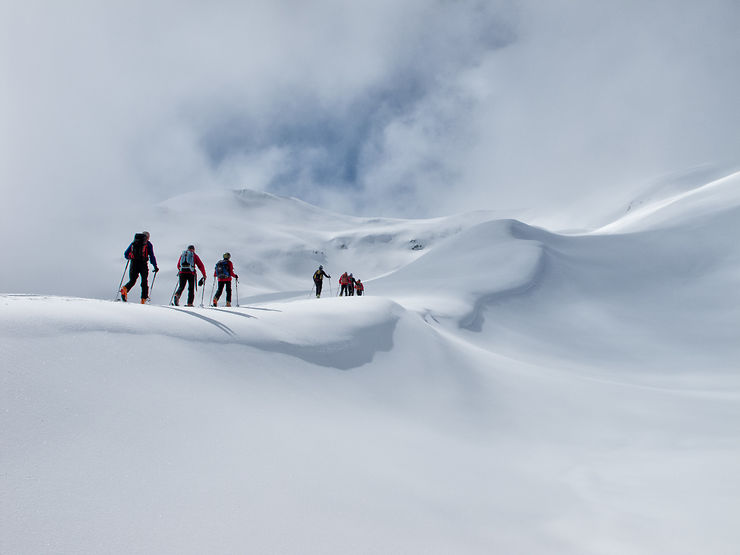 Vers le Rocher des Enclaves dans les Alpes