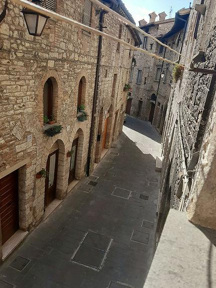 Via del popolo à Gubbio