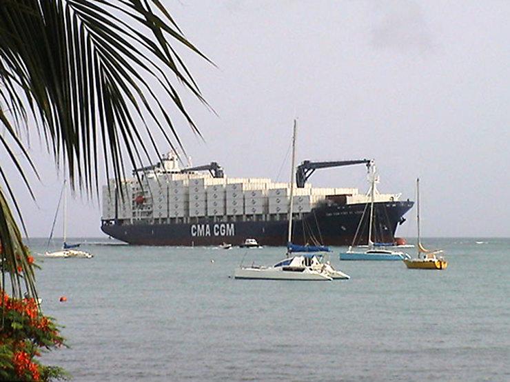 Voyage en cargo, sur la route des Antilles