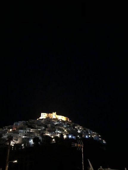 Lumières de la nuit à Astypalaia, Chora