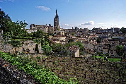 Vue sur la commune de Saint-Emilion