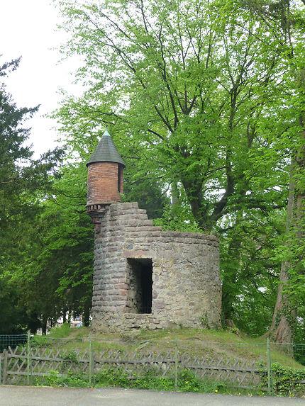 Tour cassée à Orbey, Alsace