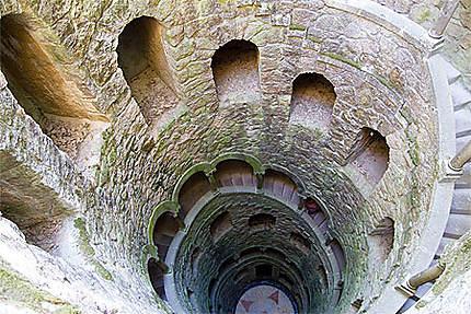 Sintra - Palais de la Regaleira - Le puits initiatique