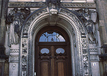 "Une porte au ""Residenzschloss"""